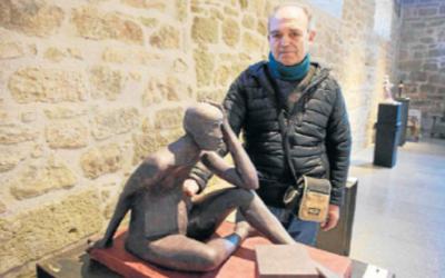 03/04/2019 Un lleidatà debuta com a escultor després de 20 anys de paleta