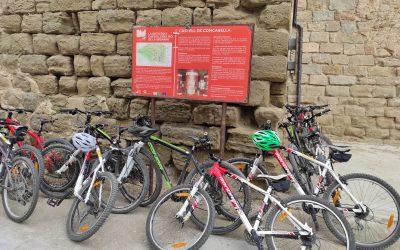 22/06/2021 Alumnos de segundo y tercero de ESO vienen a visitar el castillo en bicicletas